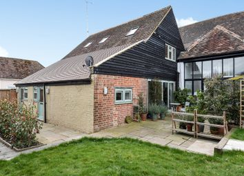 Thumbnail 2 bed flat for sale in Calcot Barn Apartments, Low Lane, Calcot, Reading