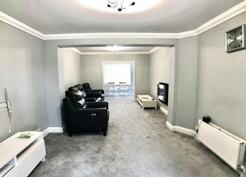 4 bed semi-detached house to rent in Abbey Close, Slough SL1