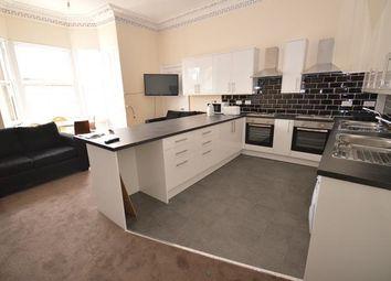 Thumbnail 7 bed flat to rent in Bernard Terrace, Edinburgh