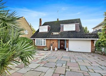 4 bed property for sale in Claremont Road, Hadley Wood, Hertfordshire EN4