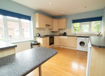 2 bed maisonette for sale in Cranbrook Court, Fleet GU51