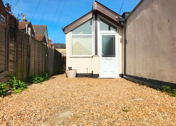 Thumbnail 2 bed property to rent in Gas Lane, Salisbury
