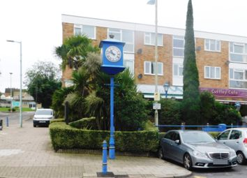 2 bed flat to rent in Station Road, Cuffley, Potters Bar EN6