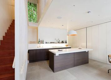 Thumbnail 2 bed property to rent in St Lukes Mews, London