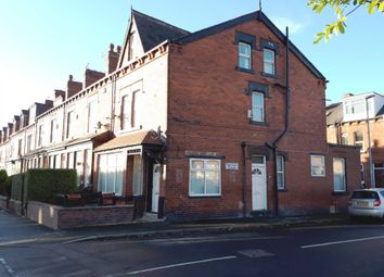 Thumbnail 3 bed flat to rent in Bentley Lane, Meanwood, Leeds