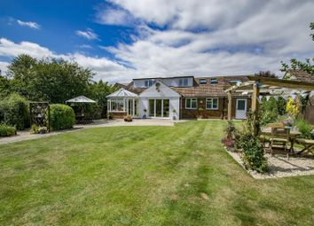 Hammer Lane, Warborough OX10. 4 bed detached house