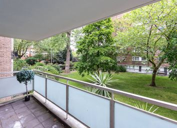 Thumbnail 2 bed flat for sale in Elm Park Gardens, Chelsea