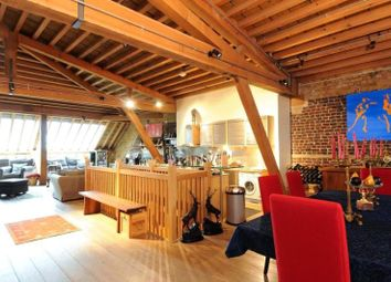Thumbnail 3 bed flat for sale in Hertsmere Road, Canary Wharf, London