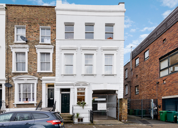2 bed flat for sale in Mildmay Grove North, Islington, London N1