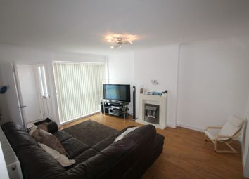 Thumbnail 4 bed property to rent in Kestrel Close, Hornchurch