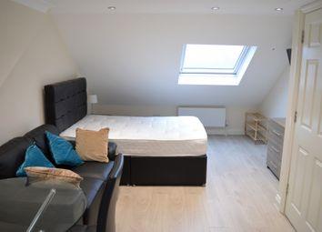 Uplands Road, Room 6, Woodford Green IG8. Room to rent
