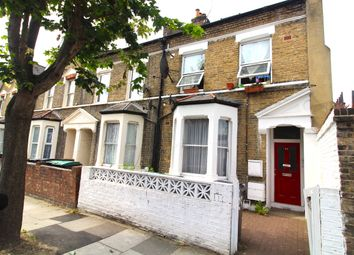 2 bed maisonette to rent in Grove Park Road, London N15