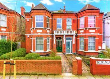 Thumbnail Room to rent in Ebbsfleet Road, London
