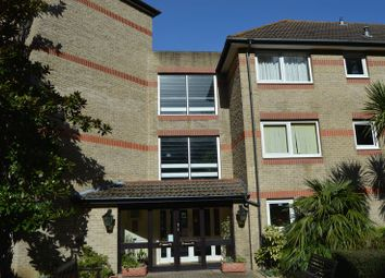 Thumbnail 1 bed property to rent in Egypt Esplanade, Cowes