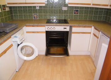 Thumbnail 2 bed flat to rent in Market Street, Falmouth
