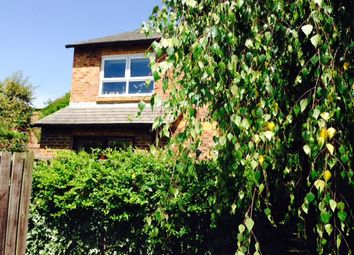Thumbnail 1 bed flat to rent in Vineyard Path, Mortlake
