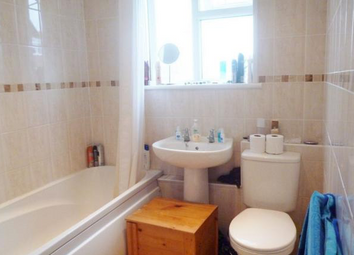 Thumbnail 2 bed flat to rent in Station Road, West Horndon, Brentwood
