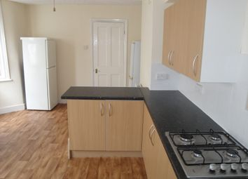 Thumbnail 4 bedroom terraced house to rent in New Road, Seven Kings