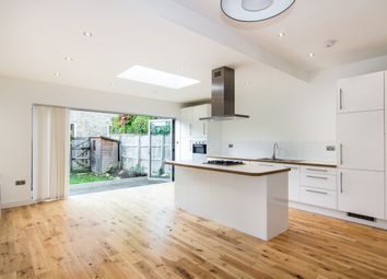 Thumbnail 4 bed detached house to rent in Greenend Road, London
