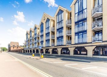 Thumbnail 2 bed flat for sale in Mayflower House, Valetta Way, Rochester, Kent