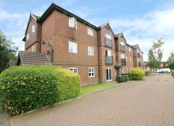 Thumbnail 2 bed flat for sale in Newbury Road, Crawley