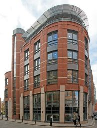 Thumbnail Office to let in Pilgrim Street, London