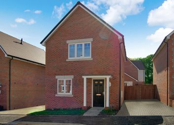 Thumbnail 2 bed detached house to rent in Kings Way, Burgess Hill