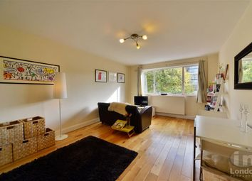 Thumbnail 1 bed flat to rent in Fairfax Road, South Hampstead