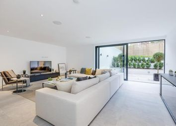 Thumbnail 3 bed flat for sale in Pinnacle Close, Muswell Hill, London