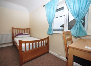 Thumbnail Room to rent in Reed Avenue, Canterbury