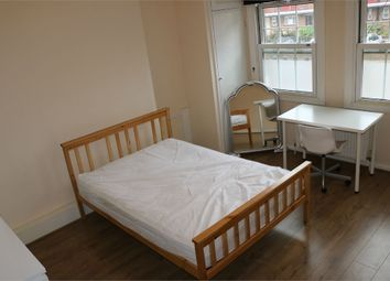 Thumbnail Room to rent in Jubilee Mansions, Aldgate / Shadwell / Whitechapel