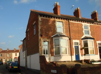 Thumbnail 1 bed flat to rent in Kingston Road, Taunton