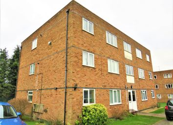 Thumbnail 3 bed flat for sale in Soulbury Road, Leighton Buzzard