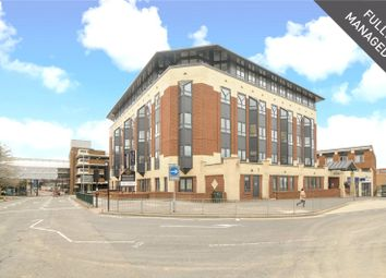 Thumbnail 2 bedroom flat to rent in Ringside, High Street, Bracknell, Berkshire