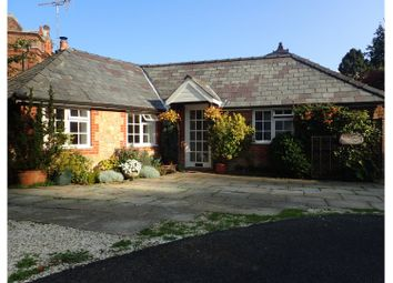 Lythe Hill Park, Haslemere GU27. 2 bed property
