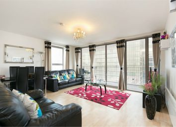 Thumbnail 2 bed flat to rent in Horizon Building, Hertsmere Road, London