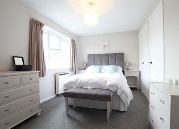 Thumbnail 1 bed property to rent in Balfour Road, London