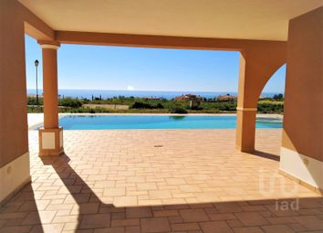 Thumbnail 7 bed detached house for sale in Luz, Lagos, Faro
