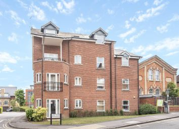 Thumbnail 2 bedroom flat for sale in Basildon House, Iliffe Close, Reading