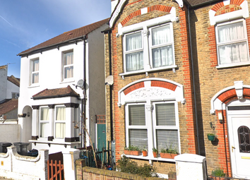 Thumbnail Room to rent in Werndee Road, South Norwood