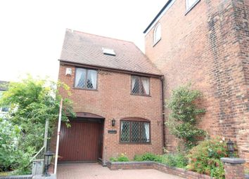 Thumbnail 3 bed detached house to rent in Sedgley Road, Wolverhampton