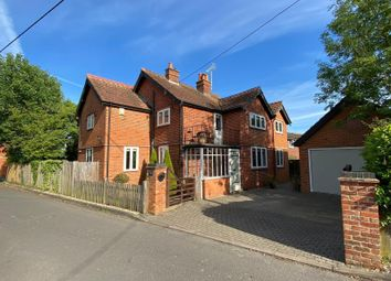4 bed detached house for sale in The Square, Spencers Wood, Reading RG7