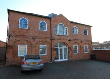 Thumbnail 1 bed flat to rent in Lower Cherwell Street, Banbury