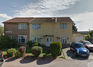 Thumbnail 1 bed flat to rent in Calverley Cres, Dagenham, Essex
