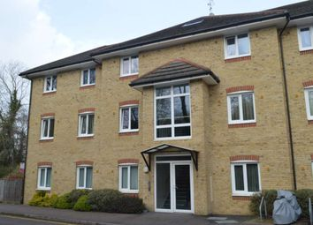 Thumbnail 2 bed flat to rent in Hardings Close, Hemel Hempstead