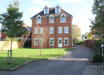 Thumbnail 3 bed flat to rent in Hillmount, Woking