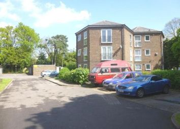 Thumbnail 2 bed flat to rent in Quinneys, Farnborough