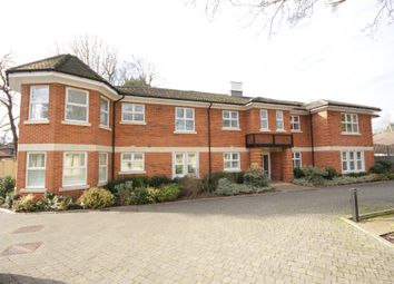 Thumbnail 3 bed flat for sale in Lower Cookham Road, Maidenhead