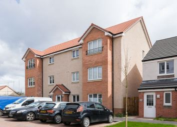 Thumbnail 2 bedroom flat for sale in 32/1 Torwood Crescent, South Gyle, Edinburgh