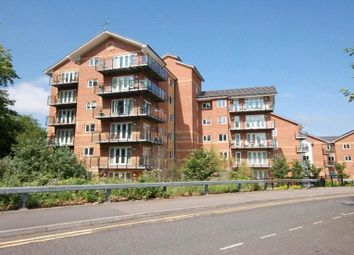 Thumbnail 1 bed flat to rent in Capital Point, Temple Place, Reading